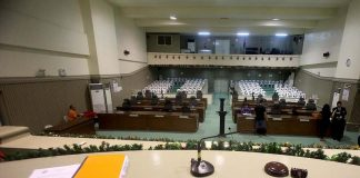 UNEXPLAINED. Empty seats are seen at the session hall of Sangguniang Panlungsod as the regular session of the City Council was adjourned early due to lack of quorum. LEAN DAVAL JR.