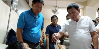 After an explosion left several civilians wounded in Midsyap, North Cotabato on Christmas Eve, President Rodrigo Duterte spent part of his Christmas Day visiting some of the victims at Anecito T. Pesante Sr. Memorial Hospital. KIWI BULACLAC/ Presidential Photo