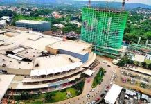 Panoramic shots of the Aeon Towers' ongoing construction.