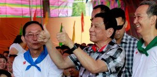 HIGH RATING TOO. President Rodrigo Roa Duterte gives the thumbs up sign as he enjoyed the performance of cultural dancers during the 20th anniversary of Premier Medical Center in Cabanatuan City on Wednesday. ALFRED FRIAS/Presidential Photos