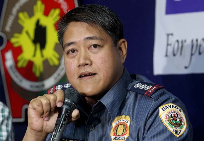 CAMP CRAME-BOUND. Outgoing Davao City Police Office director Senior Superintendent Michael John Dubria bids goodbye to members of local media during the AFP-PNP Press Corps media forum at Camp Domingo Leonor on Wednesday. Dubria will be reassigned as senior executive assistant at Camp Crame in Quezon City. LEAN DAVAL JR.