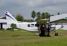 SOP. Aeromechanics make a last minute inspection before a test flight of Davao Aerowurkz/Fiesta Airways' Gippsland Aeronautics GA-8 Airvan eight-seater aircraft at the old Francisco Bangoy International Airport in Davao City on Saturday. LEAN DAVAL JR