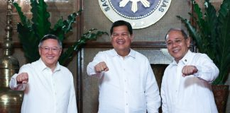 (From left) Finance Secretary Carlos Dominguez III, newly-appointed Bangko Sentral ng Pilipinas (BSP) Governor Nestor Espenilla Jr. and Presidential Spokesperson Ernesto Abella pose for a photo at Malacañan Palace on May 8, 2017. The Spokesperson announced Espenilla's appointment as the new BSP Governor on the same day. ROBINSON NIÑAL/PRESIDENTIAL PHOTO