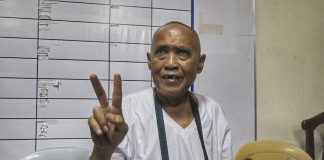 WANTED PATRIARCH. Cayamora Maute, father of Maute terrorist group leaders Omar and Abdula Maute, flashes a peace sign upon his presentation to the media during a news conference at Camp Domingo Leonor in Davao City on Tuesday. The elder Maute was arrested at the joint checkpoint of Task Force Davao and the police operatives in Sirawan, Toril, Davao City on Tuesday morning. LEAN DAVAL JR.