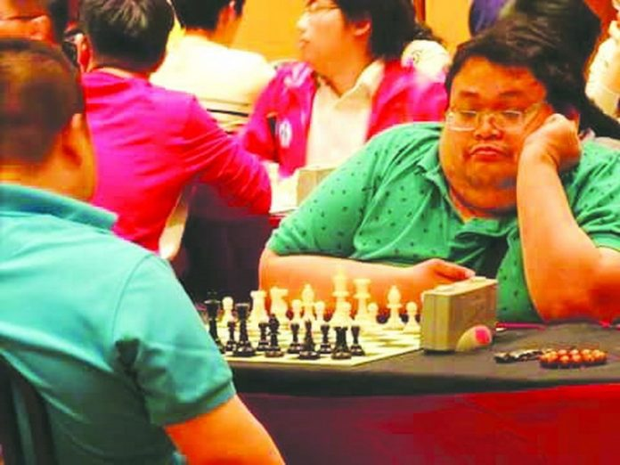 PWD BET. Veteran internationalist Henry Lopez (right) will be a strong bet among PWD players.