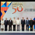ASEAN LEADERS. President Duterte poses for a souvenir photo with foreign ministers from participating countries in the Association of Southeast Asian Nations (ASEAN) Foreign Ministers Meeting during the event's closing ceremony at the Philippine International Convention Center in Pasay City on Tuesday evening. RICHARD MADELO/PRESIDENTIAL PHOTO