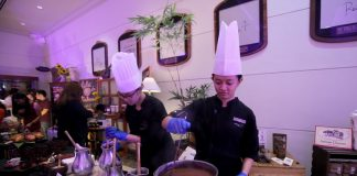 NATIVE TREAT. Marco Polo Davao chefs prepare 'sikwate' made from Davao City's cacao during the launching the hotel's Kadayawan sa Davao 2017 festivity called 'Fashion and Fusion' on Tuesday night. LEAN DAVAL JR.