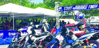 YAMAHA GRAND PRIX. Intense racing action during the 2017 Yamaha GP Davao Leg at the SM City Davao carpark in Ecoland last Sunday. Athena Jillian Bravo