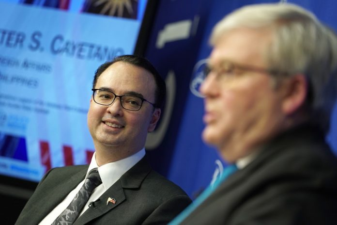 UNRUFLLED. Foreign Affairs Secretary Alan Peter Cayetano is being interviewed by former Australian Prime Minister Kevin Rudd, President of the Asia Society Policy Institute, on his views during his attendance in an event at the Asia Society in New York City, USA on Friday (Manila time). PRESIDENTIAL PHOTO