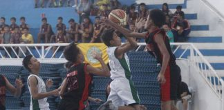 BLOCKED. A Daniel R. Aguinaldo National High School player is blocked by a Jesus Soriano National High School player in this bit of action during the opening game of th 2017 Escandor Cup SBP Inter-Public High School basketball tournament at the DCRC Almendras Gym.