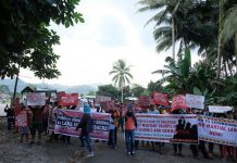 Militant groups and Indigenous Peoples stage a lightning rally in front of the 27th Infantry Battalion headquarters in Tupi, South Cotabato on Human Rights Day, Sunday, December 10, 2017, to protest the December 3 killing of eight Lumads in Barangay Ned, Lake Sebu, South Cotabato. Among those killed were Datu Victor Danyan and his two sons. Danyan is  chair of the  T'boli-Manobo S'daf Claimant Organization  (TAMASCO) which is opposing coal mining and coffee plantation expansion in the area. MIndaNews photo by BONG  SARMIENTO
