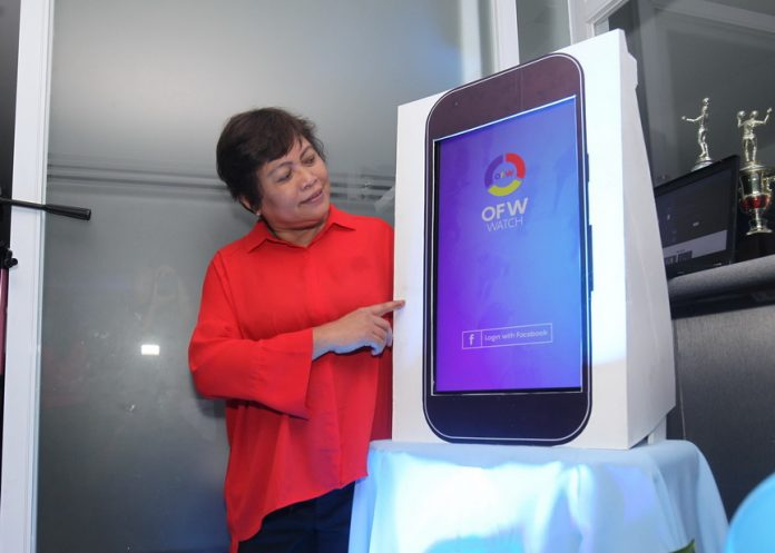 WORTHY INNOVATION. OFW Watch president and founder Myrna Padilla leads the launching of OFW Watch mobile app held at AMYA building 2 along Tulip Drive corner Quimpo Blvd. in Davao Cityon Friday afternoon. OFW Watch mobile app and its volunteer support network is a private sector initiative, in partnership with DOLE) and OWWA, which aimed to empower the Overseas Filipino Workers (OFWs) to help themselves, help each other and help the concerned government agencies. LEAN DAVAL JR