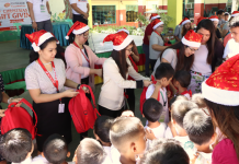 Employees lead Phoenix Petroleum's annual Christmas gift-giving activity for children held at 18 schools nationwide.