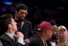 HE'S FINE. On Tuesday (PH Time), 'Pac Man' was out in public without the patch and attended the LA Lakers NBA game, where he bumped into an old friend/foe. Once again, Floyd Mayweather was in attendance at the Staples Center and the pair exchanged a brief greeting on camera as speculation surrounding a potential rematch rumbles on.