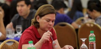 SLIMMING DOWN. Davao City Mayor Sara Duterte-Carpio appears to be enjoying her lunch during a gathering organized by the city government of Davao in this undated photo. The mayor pledged to lose 10 pounds during her weigh in for the Fit Filipino National Weight Loss Challenge on Wednesday. LEAN DAVAL JR.