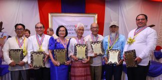 'MAGNIFICENT SEVEN'. Datu Bago awardees (from left to right) Niteto Vitto, Beethoven Sur, Belen Laud, Norma Javellana, Bro. Carlito Gaspar, Ricardo Obenza Jr. and Aland David Mizell pose with their plaques and medals after the 48th Conferment of Datu Bago Awards 2018 at The Royal Mandaya Hotel on Monday. LEAN DAVAL JR